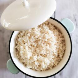 Low carb  a keto květáková rýže