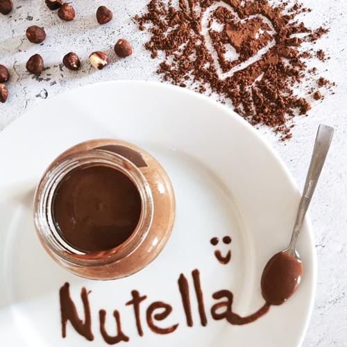 Domácí low carb a keto Nutella